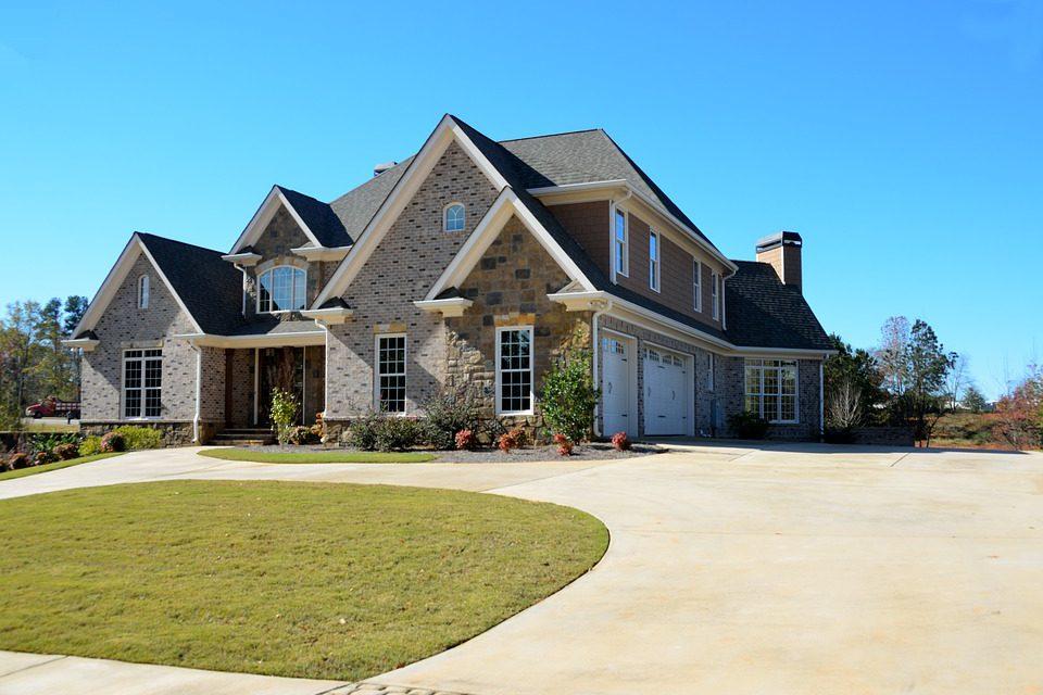 Poznajcie 4 najmodniejsze trendy dotyczące elewacji współczesnego domu