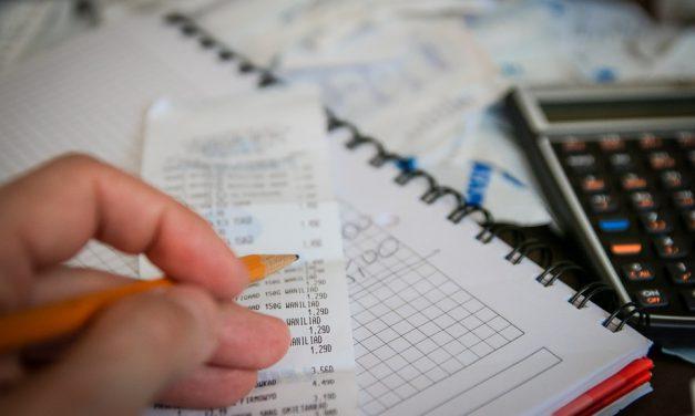 Masz problem z zarządzaniem domowym budżetem? Sprawdź, jak ułatwić sobie planowanie wydatków